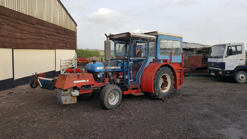 Hallmarket Harvester Ford 3930 for sale