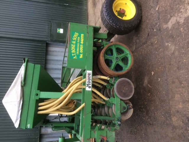 2.6m Moore Turf Drill for sale